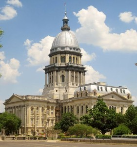 Illinois State Capitol Uploaded by AlbertHerring [CC BY-SA 2.0], via Wikimedia Commons